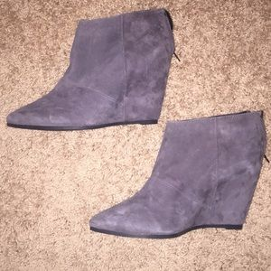 ALDO - Grey wedge ankle boots